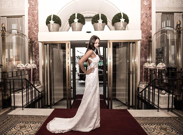Aufrechter Halt durch eine Brautcorsage