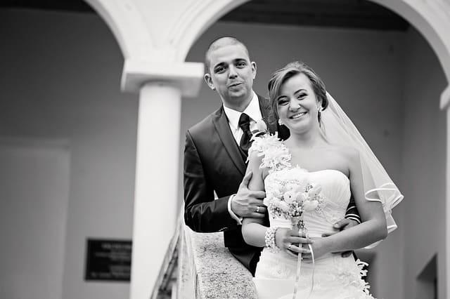 Wer trägt Corsage - Hochzeit Braut